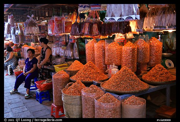 Dried shrimp for sale in the Bin Tay wholesale market in Cholon, district 6. Cholon, Ho Chi Minh City, Vietnam (color)
