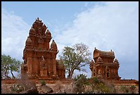 Cham towers, Po Klong Garai. Vietnam (color)